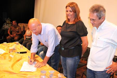 Agricultura familiar de Andirá receberá cerca de R$ 245 mil em 2013 .